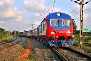 नेपालमा  रेल यातायात  : 'अर्काे फड्काे,  सञ्चालन कानून भने  छैन'