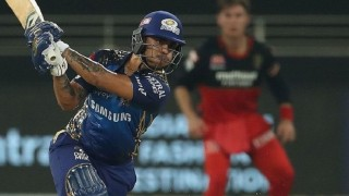 आईपीएल: रोयल च्यालेन्जर्स बैंगलोरले सुपर ओभरमा मुम्बई इन्डियन्सलाई हरायो