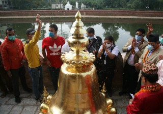 रानीपोखरीको  बालगोपालेश्वर मन्दिर :   'पूजाआजा गरि गजुर राखियाे'