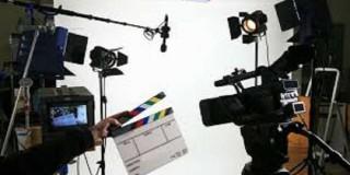 कोरोनाले बन्दप्रायः चलचित्र क्षेत्र खोल्न चलचित्रकर्मीको आग्रह