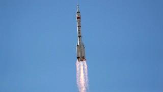 चिनियाँ अन्तरिक्ष यान  :  मानवसहितको  सफल प्रक्षेपण