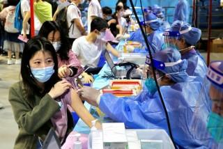 चीन :  ९७ करोडलाई कोभिड–१९ विरुद्धको खोप लगाइयो