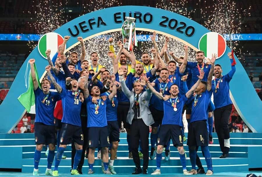 युरोकप फुटबल : 'इटाली  बन्यो  च्याम्पियन, इङ्गल्याण्डलाई  मैदान 'अनलक्की'