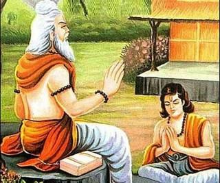 गुरु पूर्णिमाका दिन: माता पिता जत्तिकै देवता समान मानिने गुरुलाई पुजिँदै