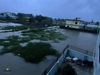 डडेल्धुरा :' महाकाली नदीले घरखेत बगायो, २५ घरपरिवार बिचल्लीमा'